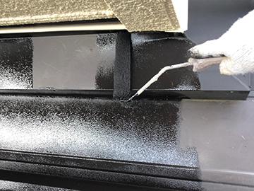 下屋根:下塗り