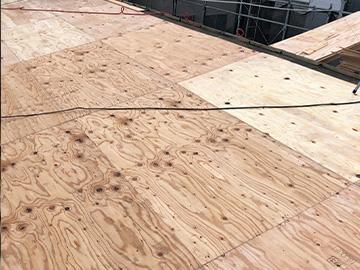 屋根葺き替え:コンパネ貼り