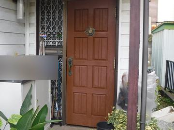 ドア:施工前