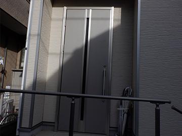 玄関ドア:交換前